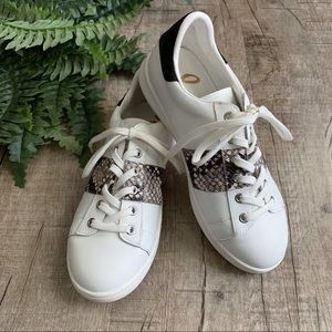 Sam Edelman White & Snakeskin Sneakers